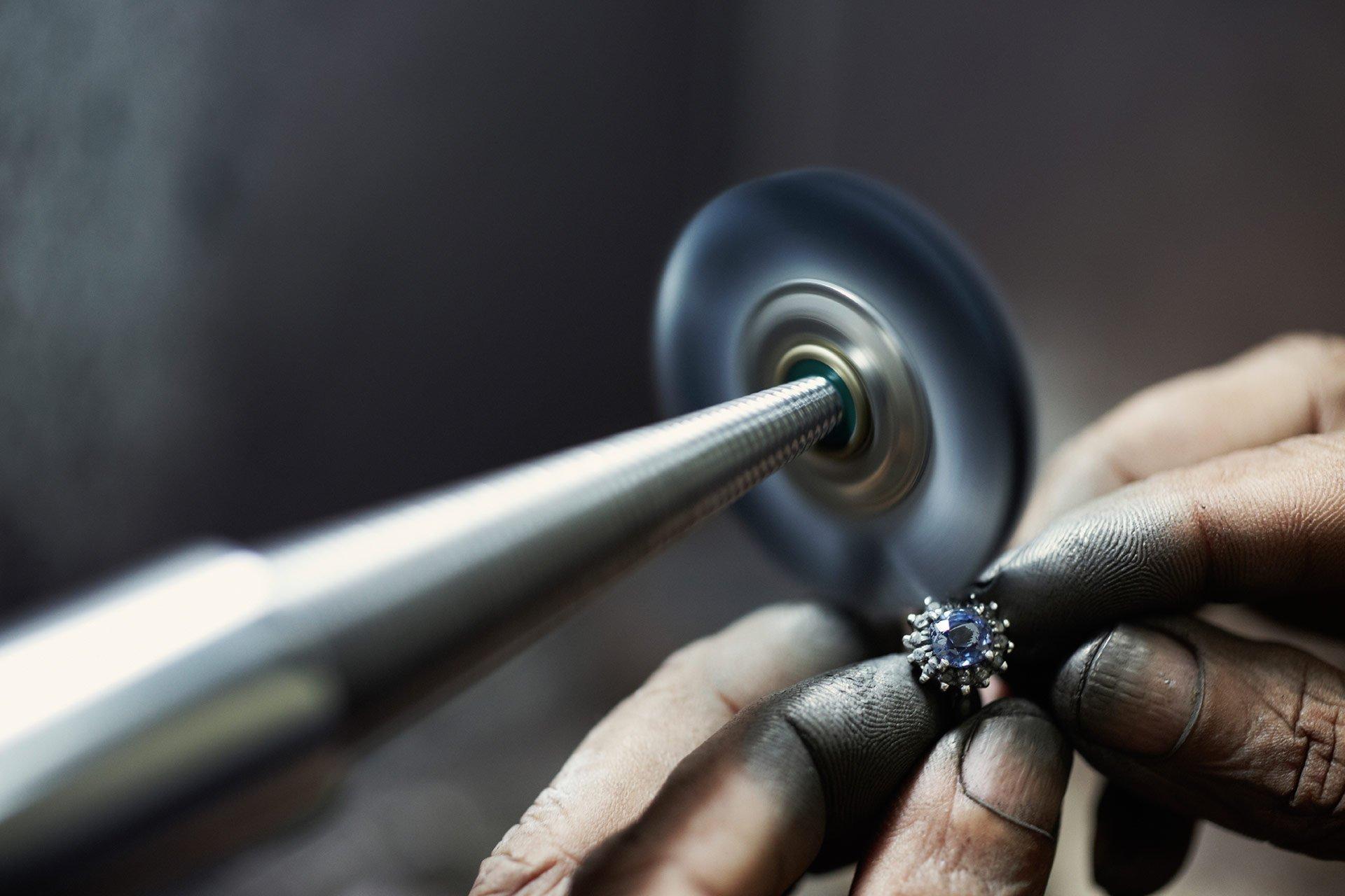 gioielli-artigianali-come-nascono-dove-trovarli